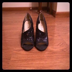 Black sequin open toed bootie women's size 7